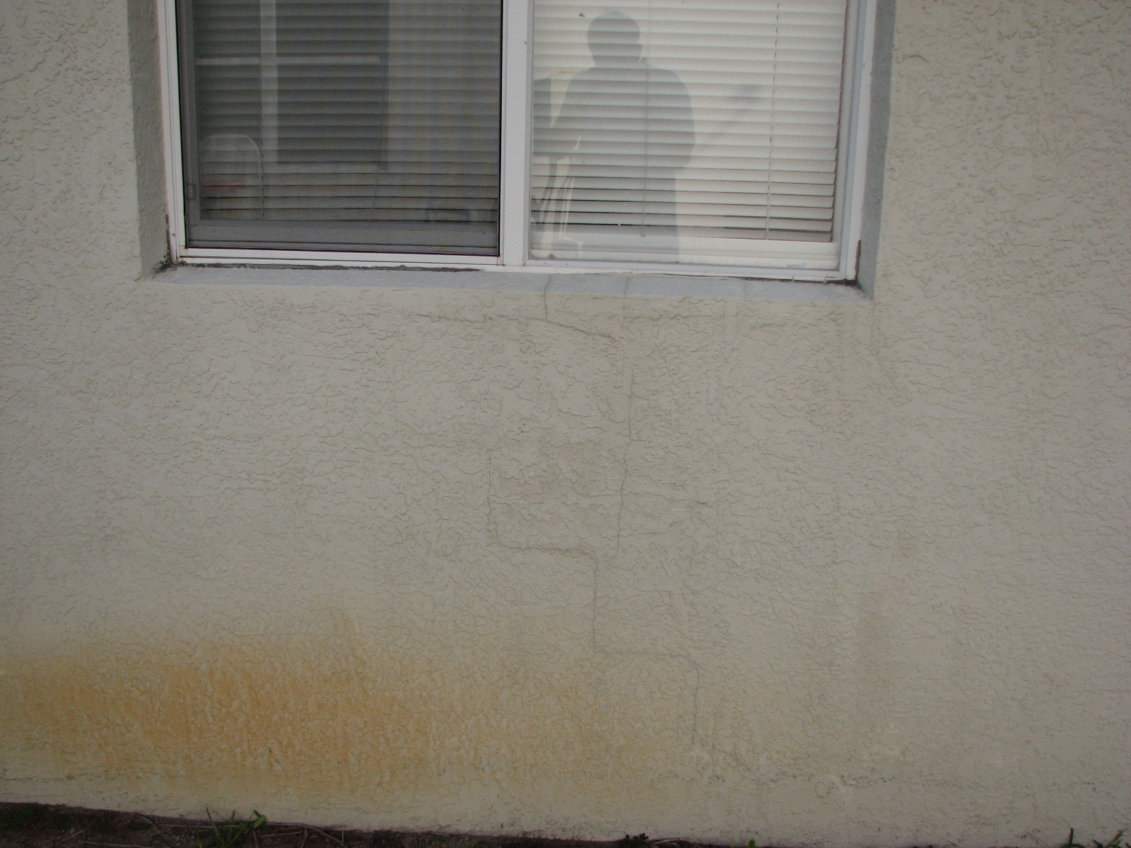 Exterior Painting Melbourne Florida Stucco Cracks Dingy Soffitts Iron Stains