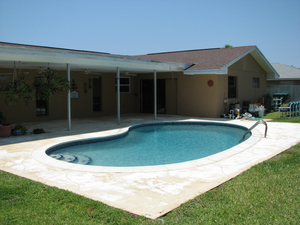 indialantic Pool deck- Before photo