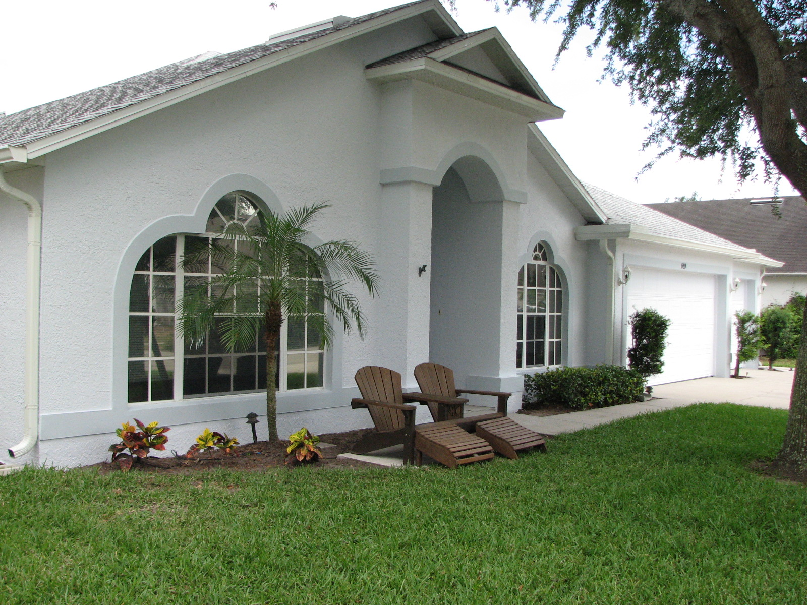 Merritt island fl exterior house painting project by peck for Florida house paint colors