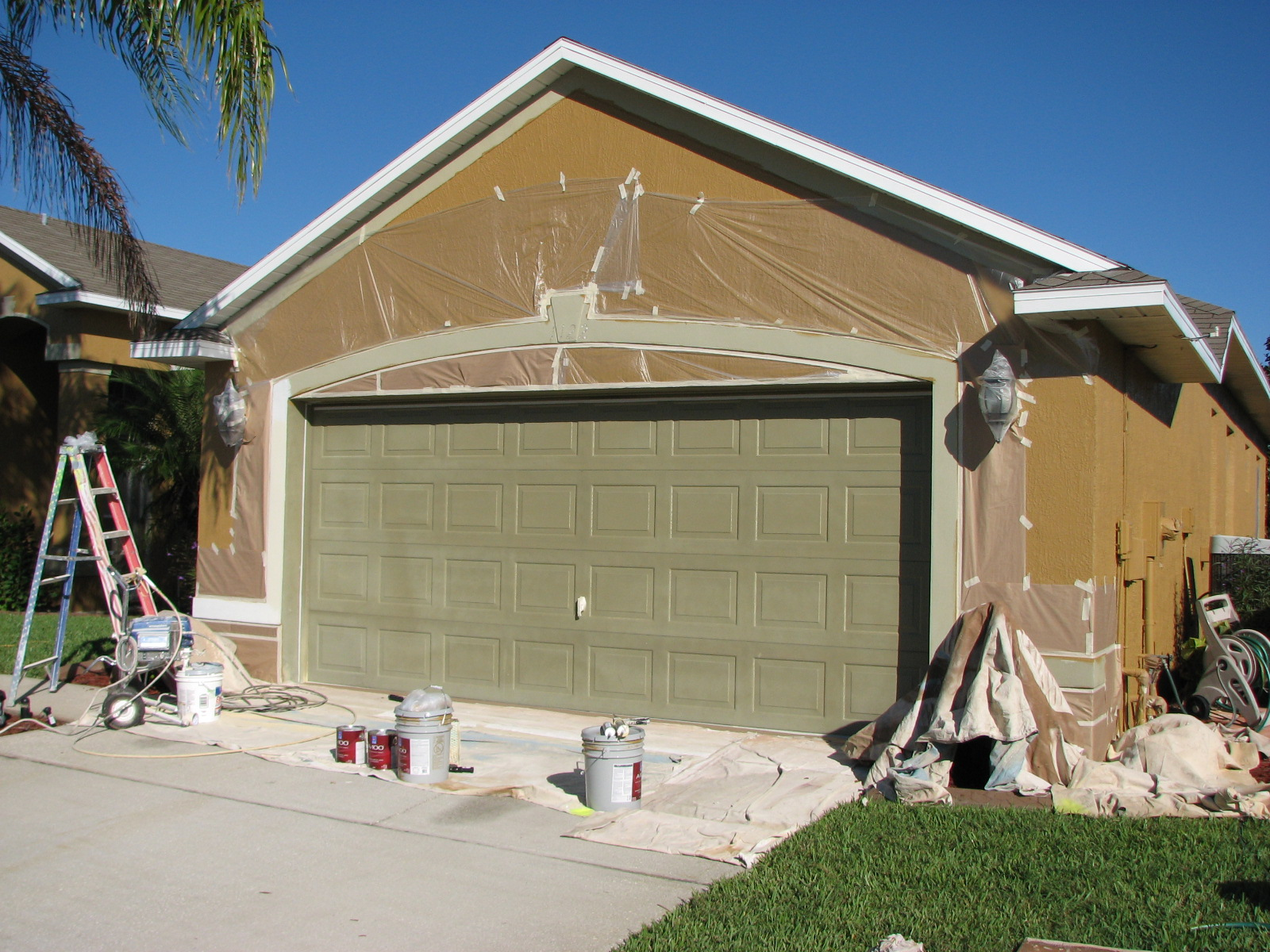 Chalky and faded paint house painting project in melbourne fl melbourne garage door spray painting prepping rubansaba