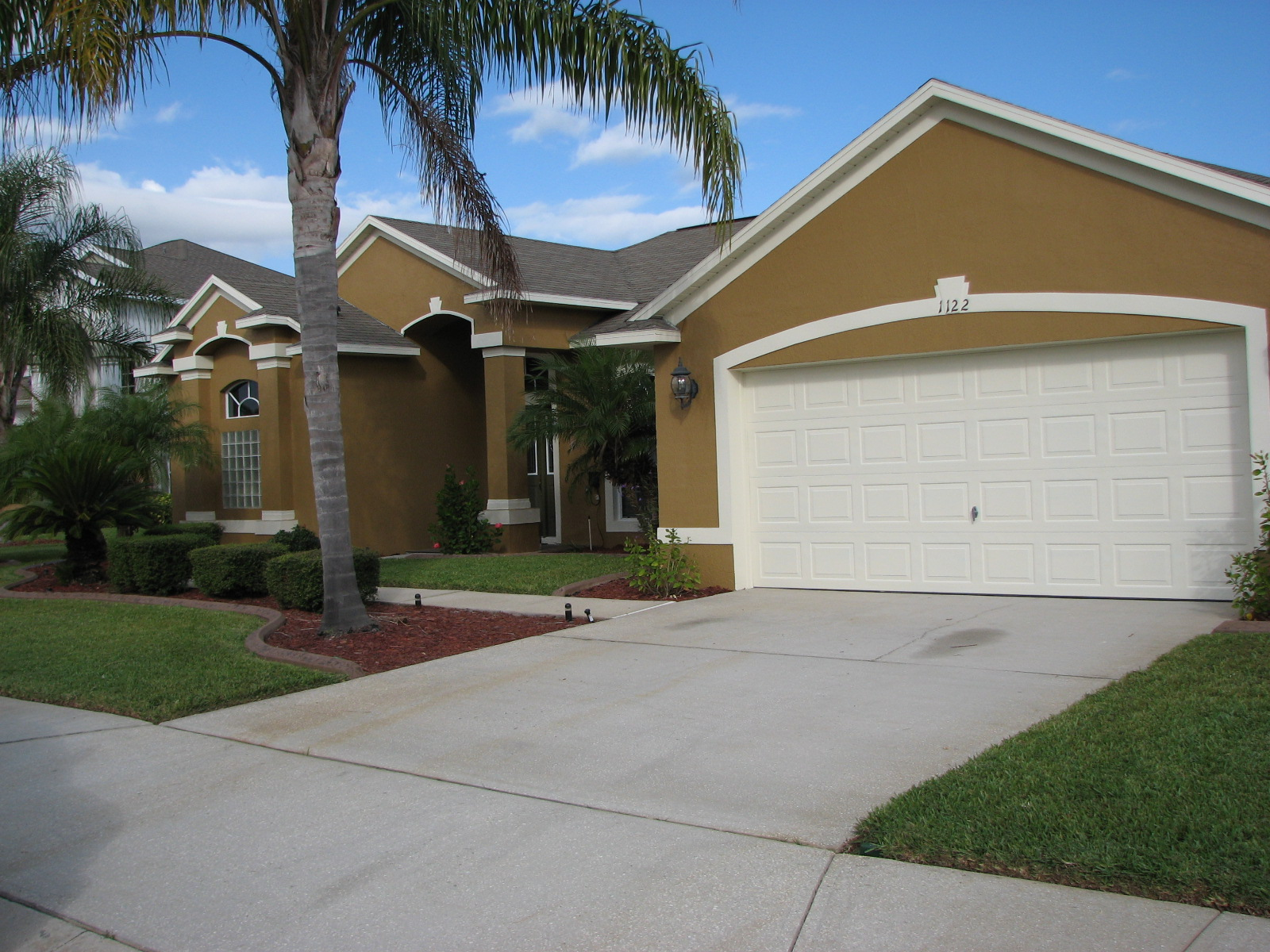 New colors for stucco homes exterior painting melbourne for Florida stucco