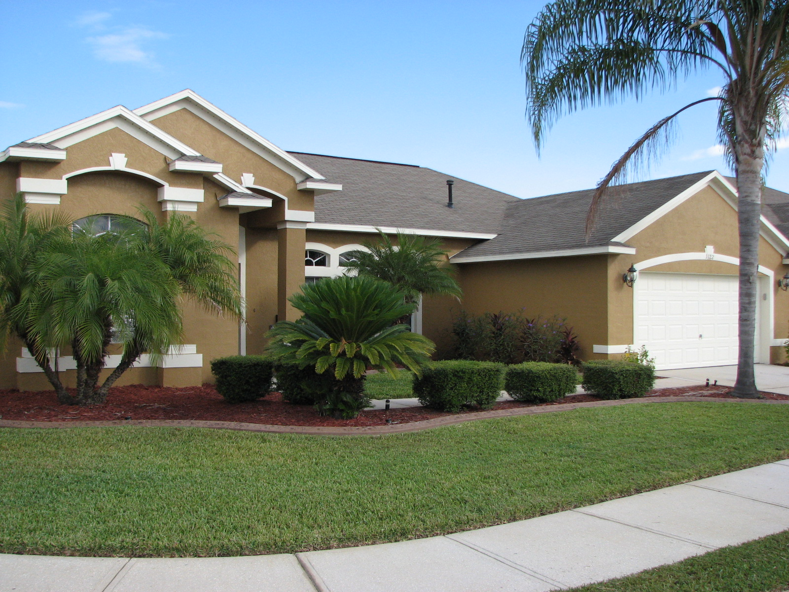 Chalky and faded paint house painting project in melbourne fl Best home paint