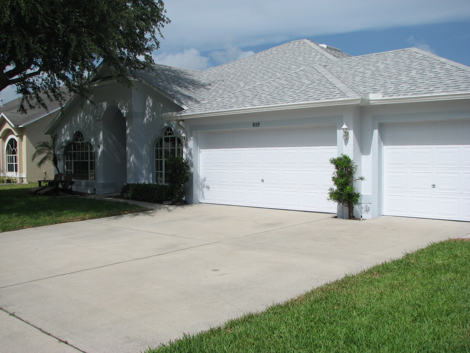 Merritt Island Garage Door Painting After Photo