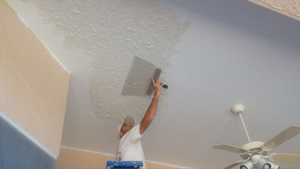 Knockdown textured ceiling bubbling while painting lanai Rockledge Fl