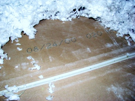 Chinese drywall tests negative mfg date 2000