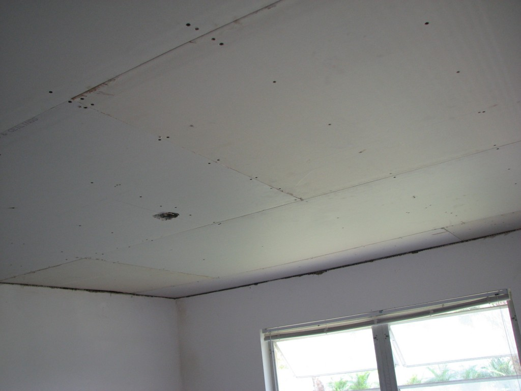 Butt strip drywall