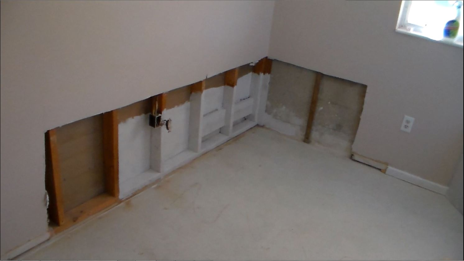 How To Sheetrock A Small Room